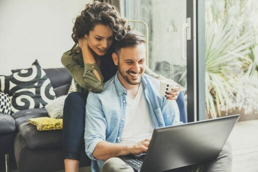Couple happy to realize that mortgage insurance is not compulsory