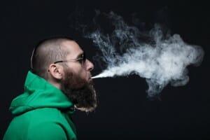 Assurance vie et cannabis : de plus en plus compatibles