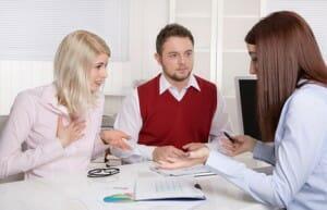 Les gens croient souvent qu'une assurance-vie est trop dispendieuse, sans réaliser qu'ils sont probablement déjà couvert.