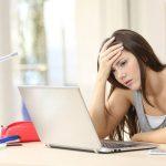 Le renouvellement d'assurance vie temporaire en ligne cause des ennuies a une femme